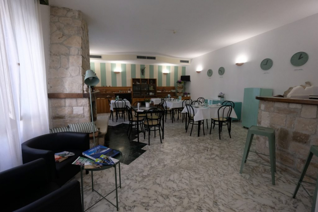 Sala colazioni Hotel B&B Pescofalcone