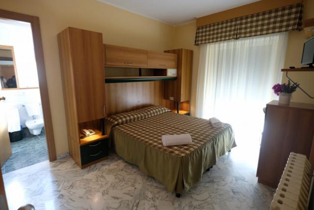 Camera matrimoniale Hotel Pescofalcone